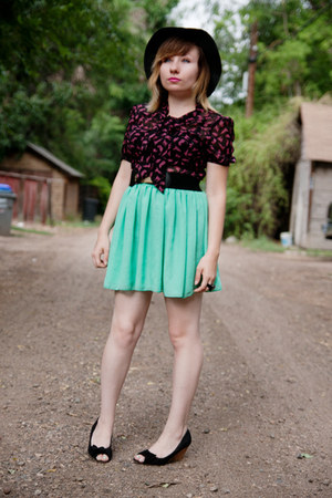 American Apparel skirt - OASAP top