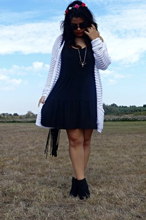 pull&bear cardigan - Zara necklace - Primark hair accessory