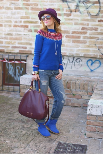 blue fair isle asos sweater - blue Ugg boots - blue asos jeans