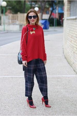 red rose a pois sweater - gray Choies pants - red Miu Miu heels