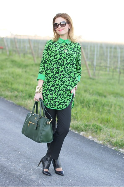 saffiano leather bag prada - green-prada-bag-chartreuse-silk-choies-blouse-black-joseph-pumps_400.jpg