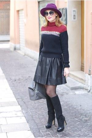 maroon Ecua-andino hat - ruby red liu jo sweater - heather gray Givenchy bag