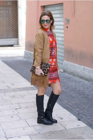 light brown Yoins coat - black Lorenzo Mari boots - carrot orange asos dress