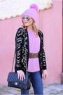 Bubble-gum-kontatto-sweater-black-chanel-bag
