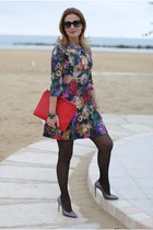 teal Mercantia bracelet - green floral print Zara dress - red clutch Zara bag