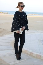 black Kenzo sweatshirt - white Miu Miu bag - black Dolce & Gabbana sunglasses
