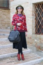 red camouflage Northland sweater - ruby red country style Gaia deste boots