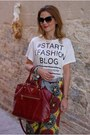 Ruby-red-prada-bag-dark-brown-nau-sunglasses