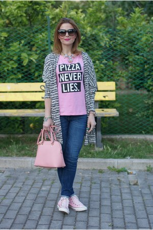 light pink Michael Kors bag - blue Zara jeans - light pink Converse sneakers