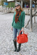 coral le pliage cuir longchamp bag - army green Hunter boots - coral Zara scarf