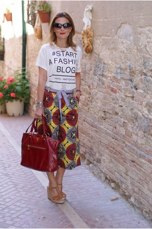 white Pimkie t-shirt - ruby red Prada bag - dark brown Nau sunglasses