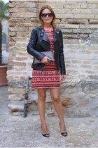 salmon sequin romwe dress - black leather jacket Elisabetta Franchi jacket
