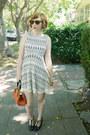 Lace-vintage-dress-60s-vintage-bag-wayfarer-vintage-ray-ban-sunglasses