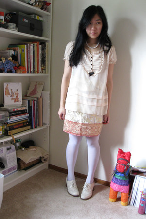 thai wrap skirt vintage skirt - white DKNY tights