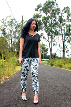 Zara top - Zara pants - Forever 21 necklace - Zara heels