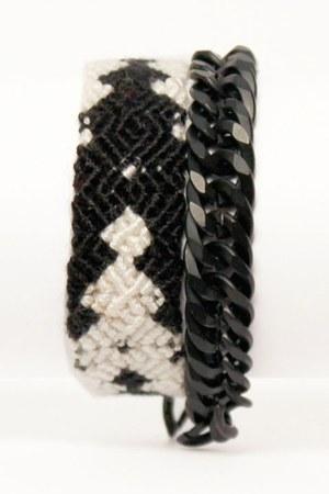 Haute Alternative bracelet
