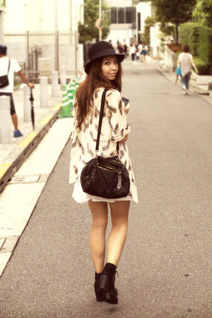 black suede H&amp;M hat - black boots H&amp;M boots - white dress H&amp;M dress