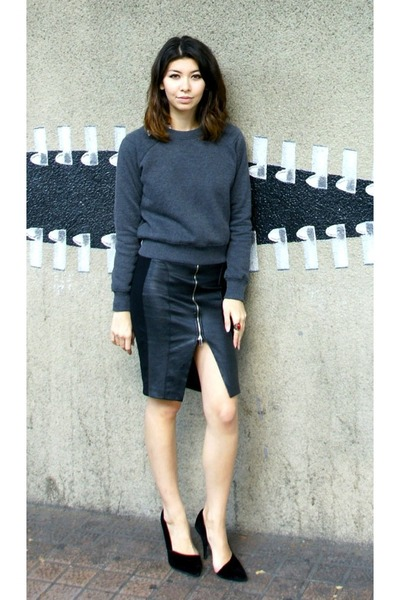 black Zara skirt - brick red Forever 21 shirt - gray cropped Zara sweatshirt