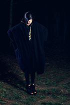 black cape coat - black danskin leggings - black American Apparel top - gold For