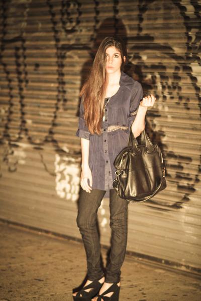 blue we are rubbish shirt - black sold design lab jeans - black nightingale purs