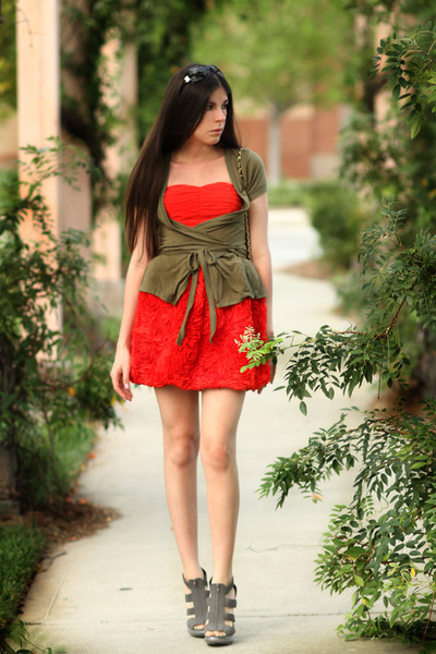 red H&amp;M dress - green H&amp;M cardigan - gray Forever 21 shoes - black vintage bag -