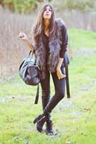 faux fur H&M vest - Topshop boots - leather Hudson jeans
