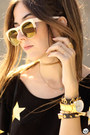 Mustard-wildfox-sunglasses-black-hye-park-and-lune-t-shirt-nude-mvmt-watch