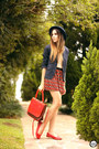 Navy-gap-blazer-ruby-red-lucchetto-bag