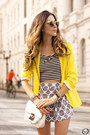 Yellow-shoulder-blazer-off-white-displicent-top-off-white-displicent-skirt