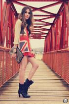 beige She Inside jumper - black studded Romwecom bag