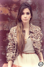 Light-brown-leopard-modaki-jacket-gold-slash-store-necklace