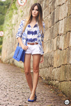 blue MaryMust shirt - white MaryMust shorts