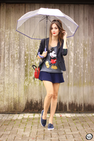 ruby red Dafiti bag - navy Dafiti skirt - heather gray Dafiti t-shirt