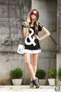 Black-love-luxo-t-shirt