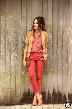 red Amaro shirt - brown Dafiti bag - red Gap pants