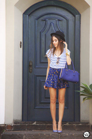 blue iclothing bag - blue Amaro skirt - white Gap t-shirt