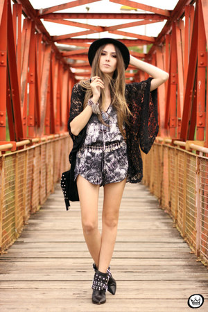charcoal gray Shoulder romper