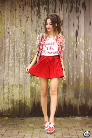 red Dafiti coat - white Dafiti t-shirt - red younghungryfree skirt