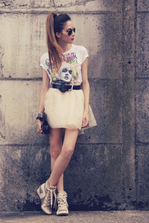 MINUSEY skirt - glitter Esdra sneakers - Morena Raiz cardigan
