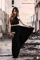 black MiniMinou dress