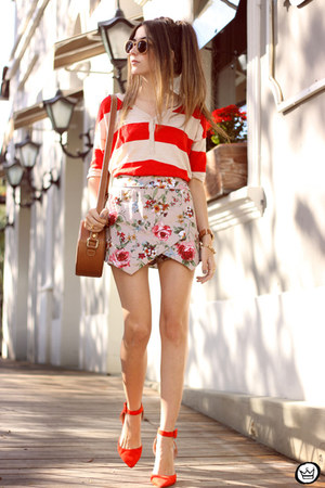 ivory iclothing shorts - red Gap jumper