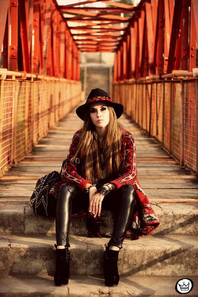 brick red Aremo coat - black Margô leggings - dark gray romwe t-shirt