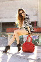 ruby red YOU K bag - black Le Charme blazer