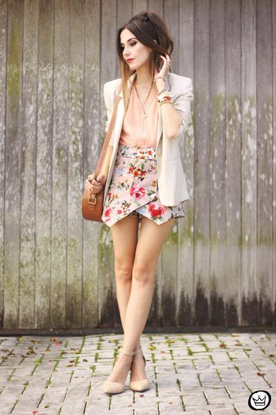 ivory iclothing shorts - nude iclothing top
