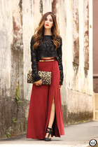 red As Marias skirt - black As Marias jumper