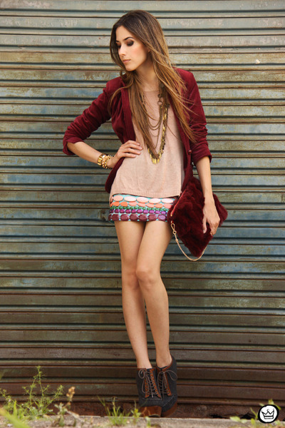 brick red Xiquita Bakana skirt - brick red fur Choies bag - camel Kafé bracelet