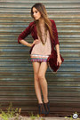 Brick-red-fur-choies-bag-camel-kaf-bracelet-brick-red-xiquita-bakana-skirt