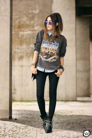 heather gray triton jumper - blue Emblem Eyewear sunglasses - black Gap pants