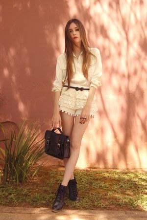 lace romwe shorts - Brech da Neide shirt - Ellus heels