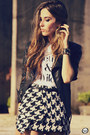 Black-choies-skirt-leather-boda-skins-jacket-brashy-couture-t-shirt